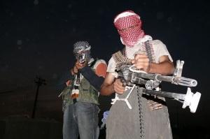 Members of the Iraqi insurgency, 2006 – Menendj, licenced under CC BY-SA 2.5