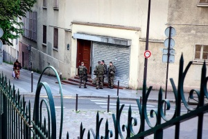 Soldiers on guard in Paris after the Charlie Hebdo attack, which was perpetrated by AQAP - Herman Pijpers, licensed under CC BY 2.0