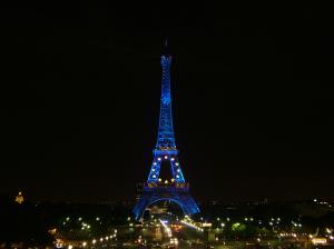1024px-Eiffel-tower-2008