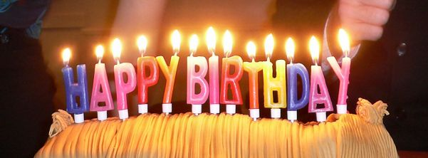1280px-Birthday_candles